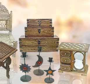 hand made furnitures, wholesale wood crafts, wooden handicrafts, handcrafted wooden boxes, wooden picture frames, handmade wooden boxes, antique picture frames, wooden photo frames